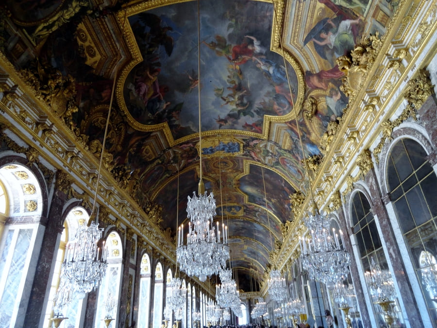Palace of Versailles Hall of Mirror - History of European Palaces Decor