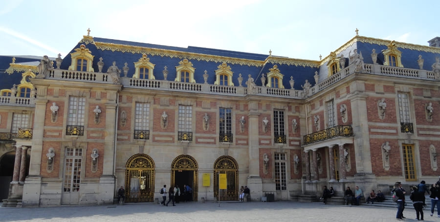 History of European Palaces Decoration - Versailles