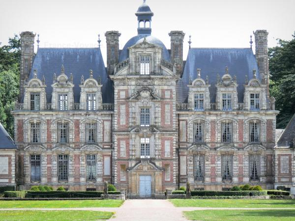 Castle of Beaumesnil