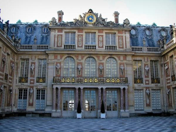 Louis XIII Style - Architecture - Versailles