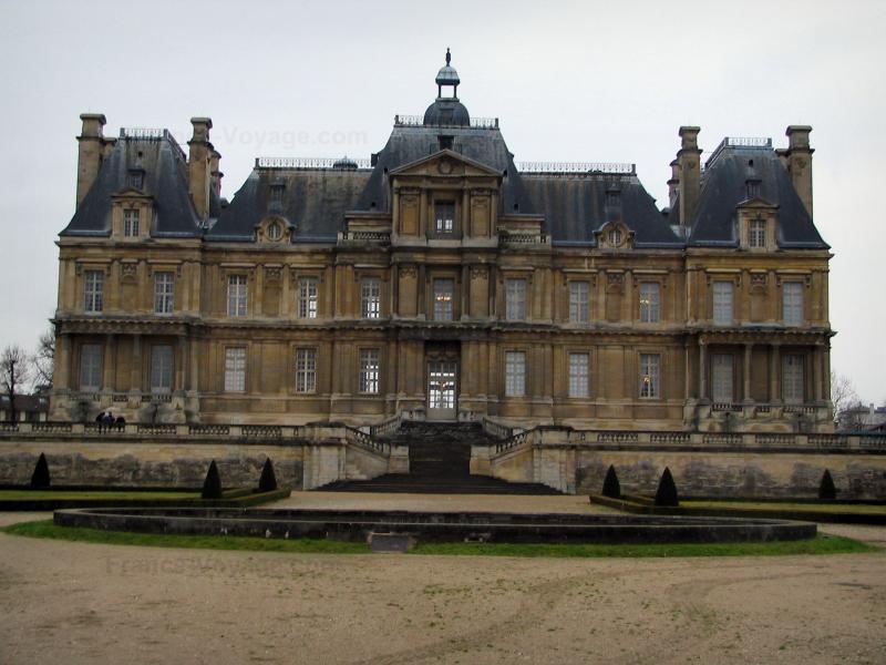 Castle of Maisons-Laffitte