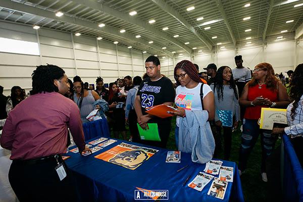 College Fair_020