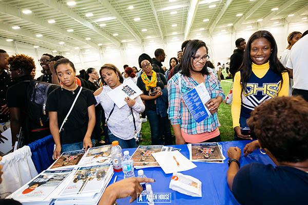 College Fair_025