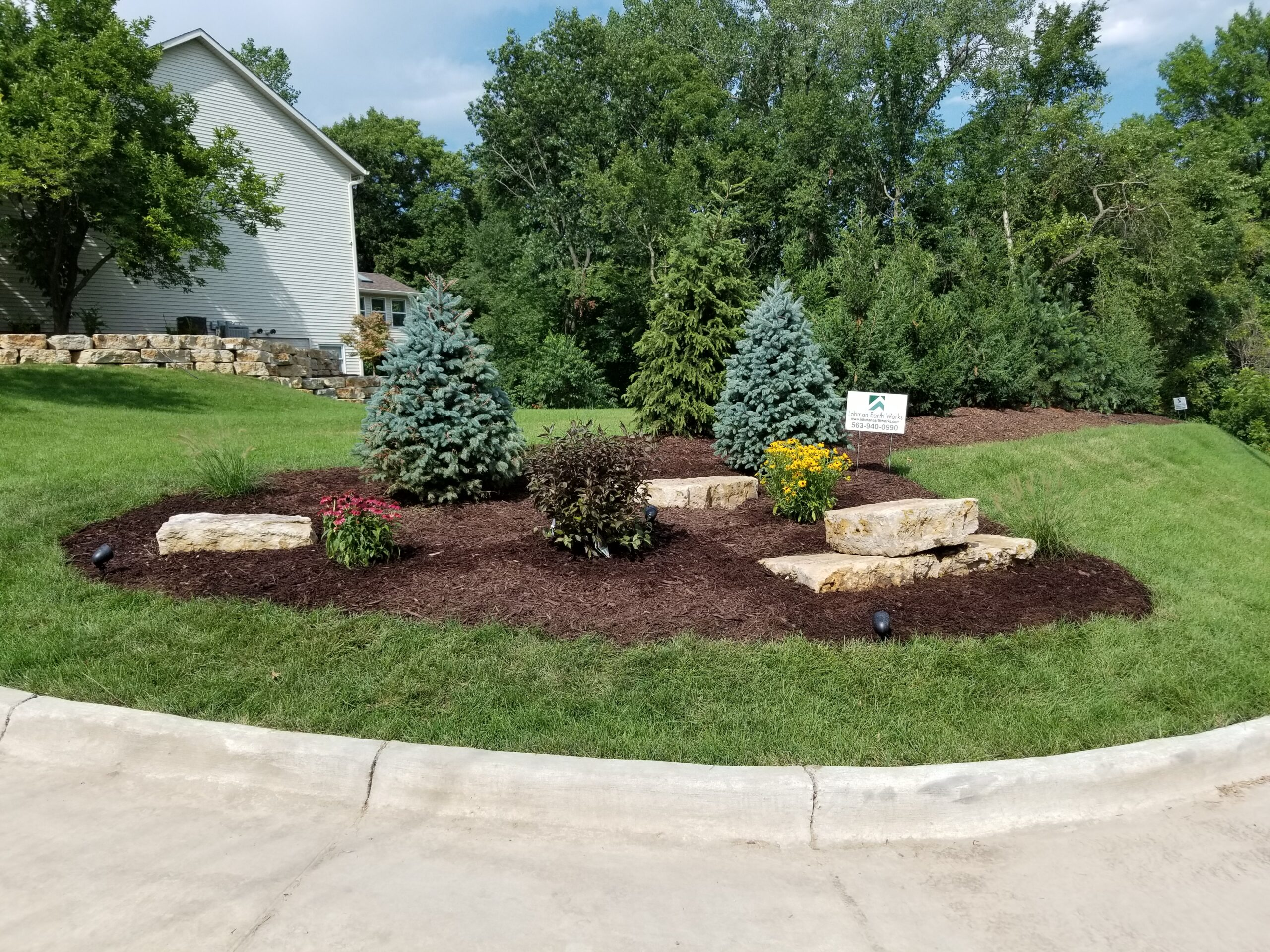 Lohman Earth Works   Quad Cities Landscaping – Moline Yard Transformation