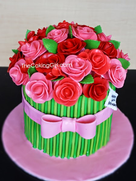 pretty gumpaste flowers cake