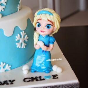 edible frozen elsa figurine cake topper how to