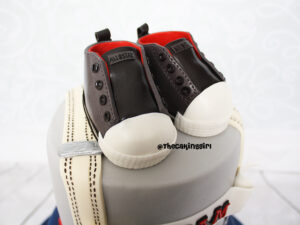 edible converse shoes cake topper