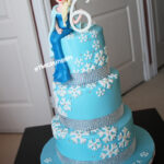 frozen elsa gumpaste figurine cake