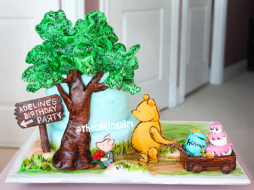 cute beautiful winnie the pooh cake