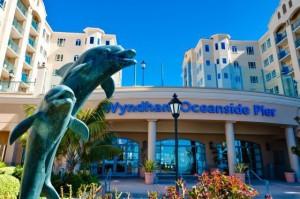 Wyndham Oceanside Pier Resort Entrance