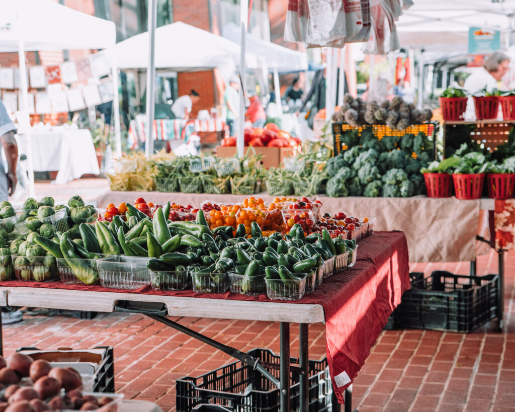 Here are 10 Essential Tips for Shopping at the Farmer's Market