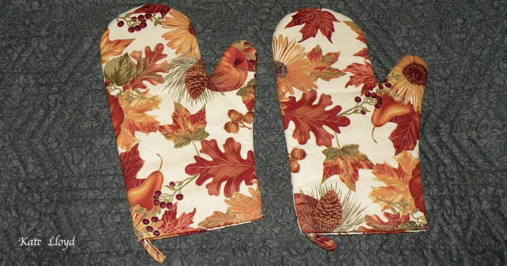 Amish made oven mitts from Lancaster County.