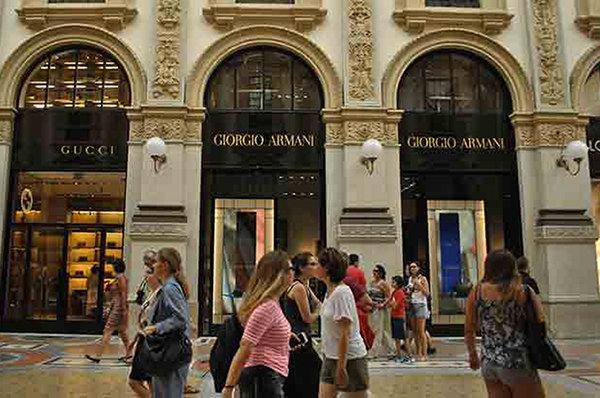 Italy Fashion Armani Milano