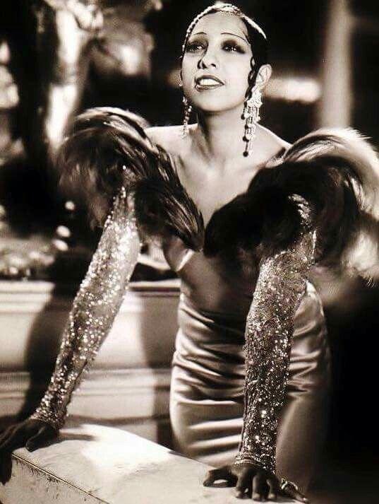 The late Josephine Baker - SpotifyThrowbacks.com