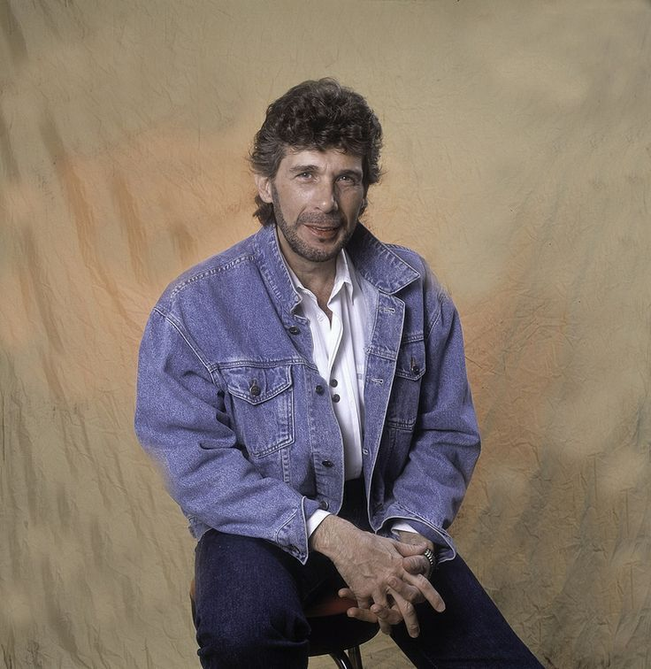 Eddie Rabbitt - SpotifyThrowbacks.com