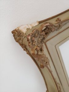 repair damaged picture frames