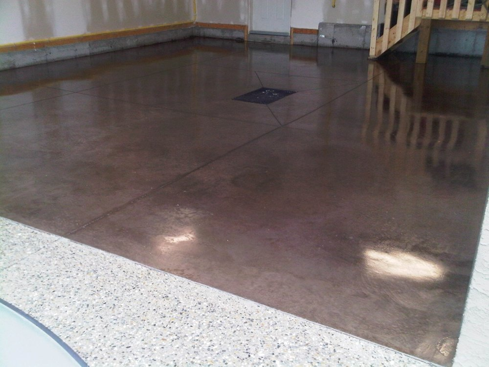 pic garage floor w drain stained and sealed