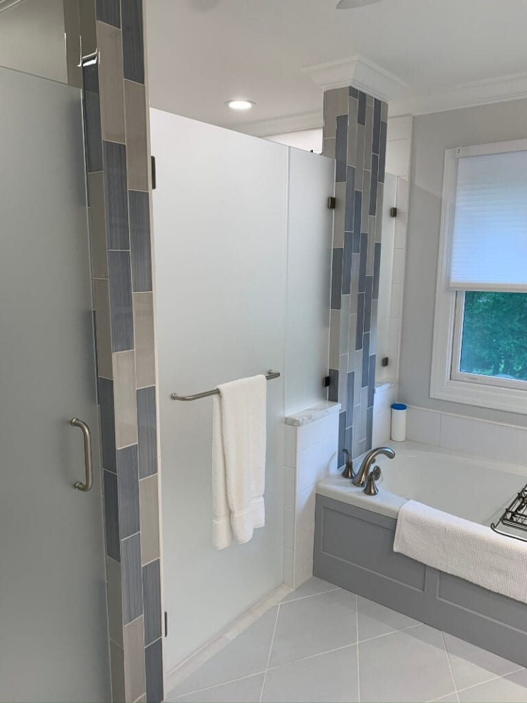shower - left side tub