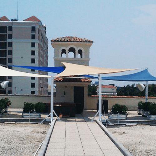 Boathouse Rooftop Lounge