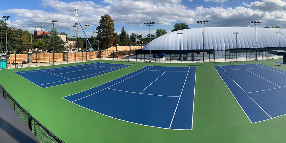tennis courts builders