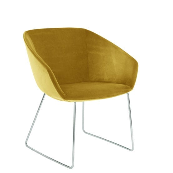 Aceray Ampio-3SLED. The ampio armchair with a sled base