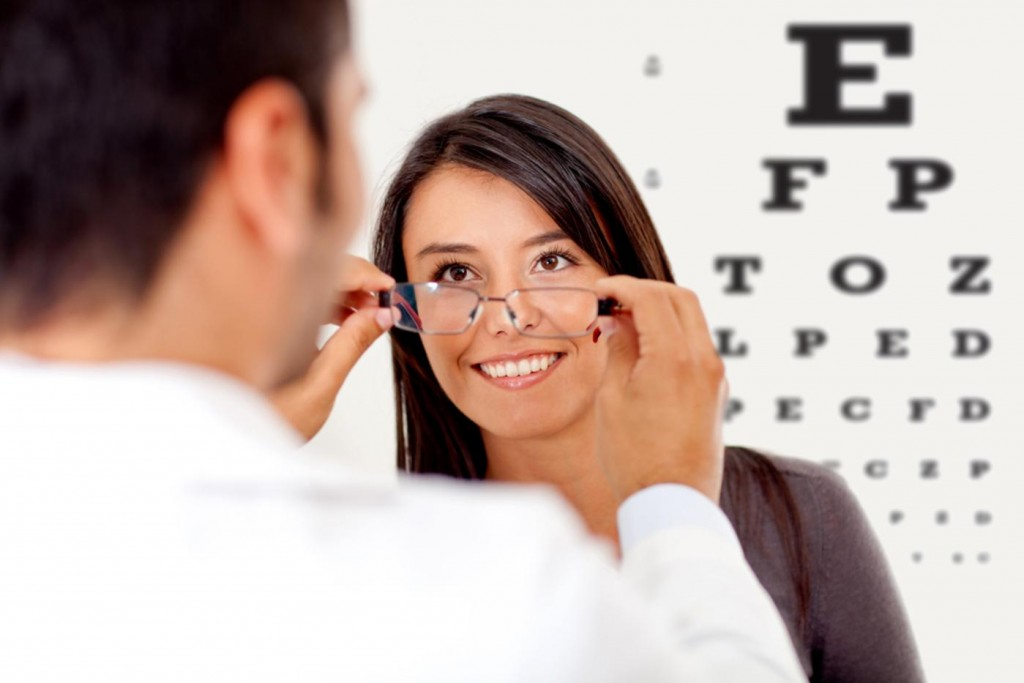 The village optician serving Birmingham and Bloomfield Michigan