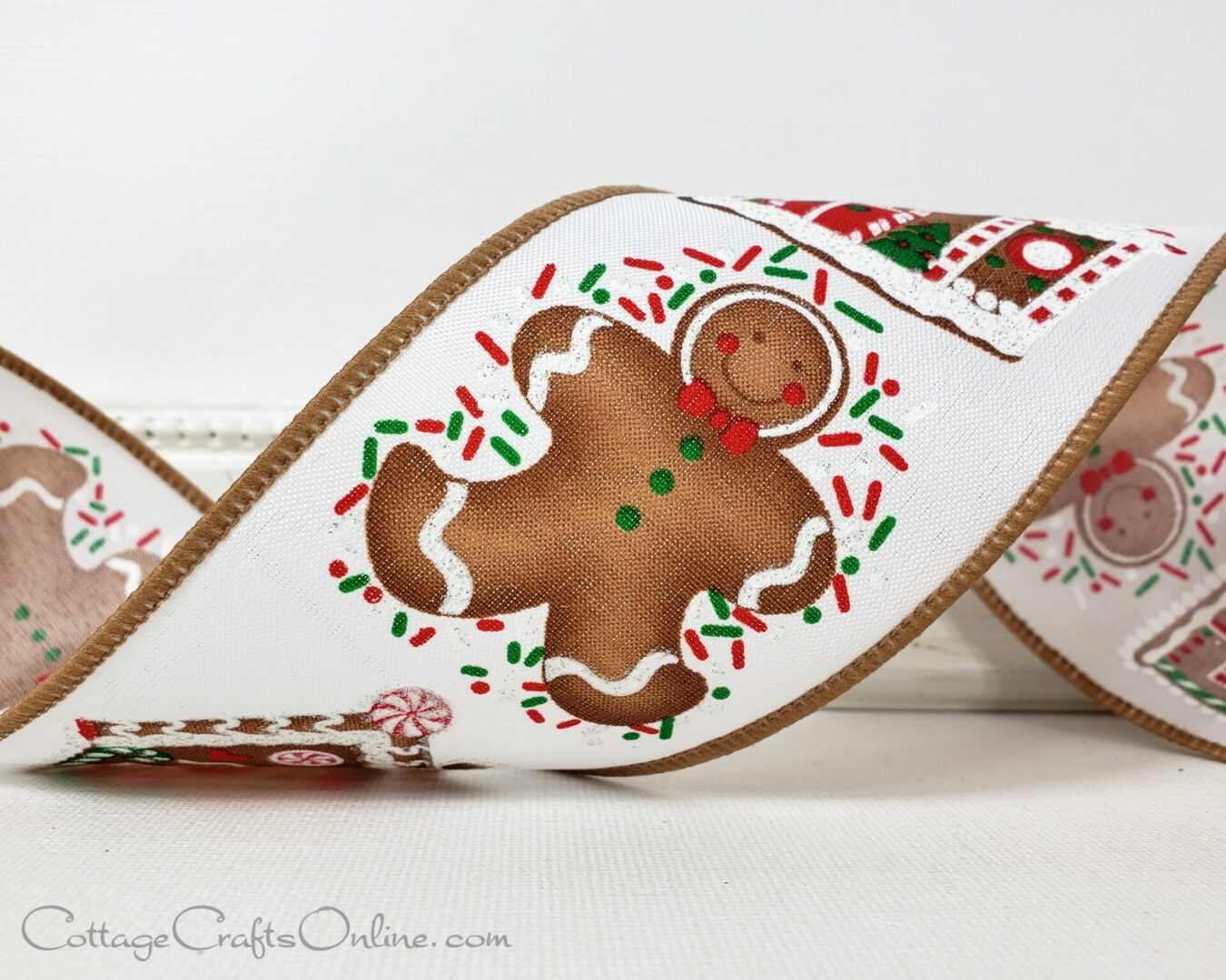 gingerbread house ginger bread man woman person ol-008