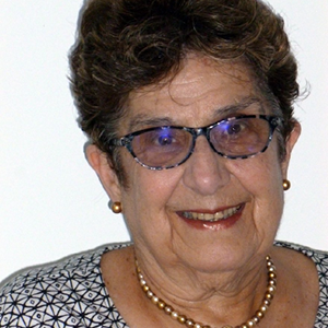 JLearn instructor, Nira Lev