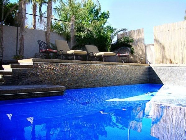 4 TIPS FOR BUILDING A CUSTOM POOL IN YOUR HOME