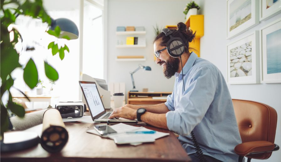 How to Efficiently Work From Home with Smart Technology