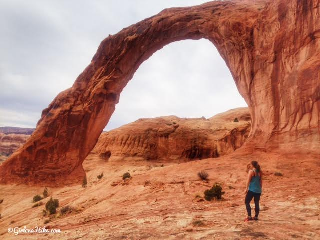 Hiking to Corona Arch, Moab, Hiking in Moab with Dogs, Hiking in Utah
