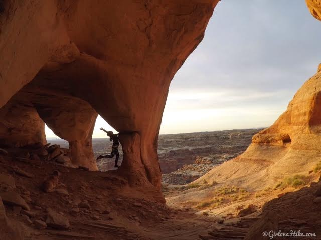 Hiking to Five Hole (Colonnade) Arch