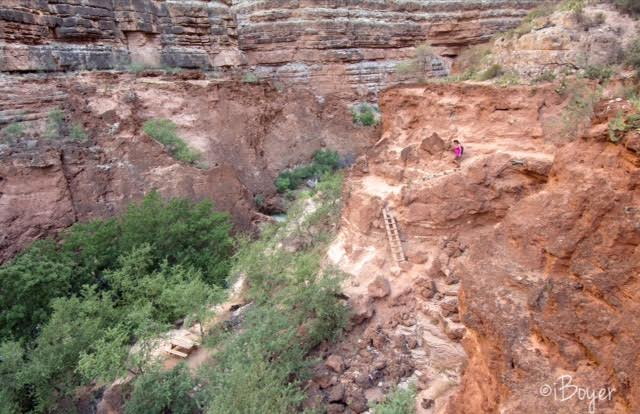 Hiking from Mooney Falls to the Colorado River! Beaver Falls