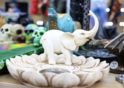 Mini elephant sculpture picture inside a smoke shop