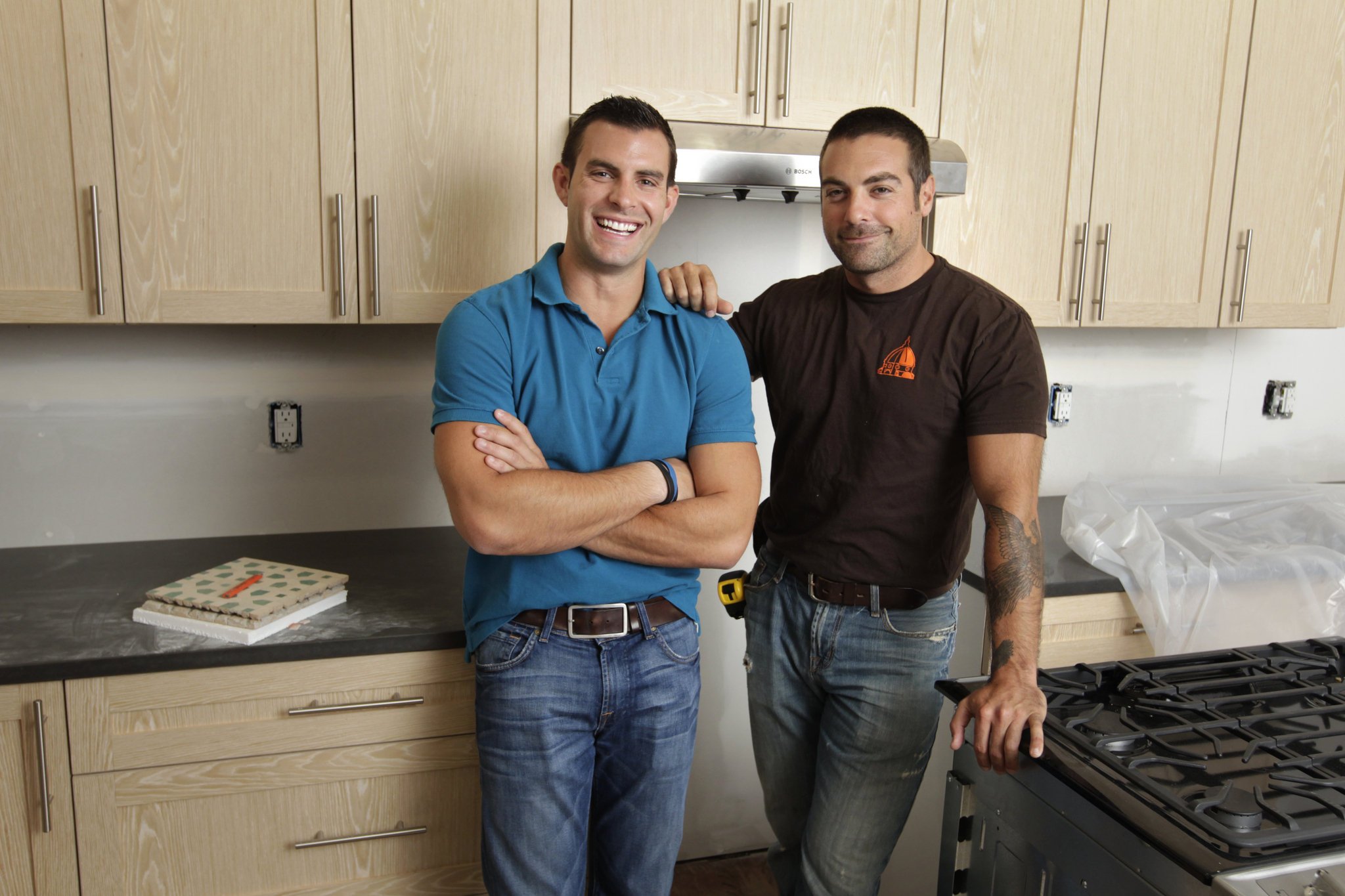 """#HipNJ's Twitter Party with HGTV's """"The Cousins!"""""""