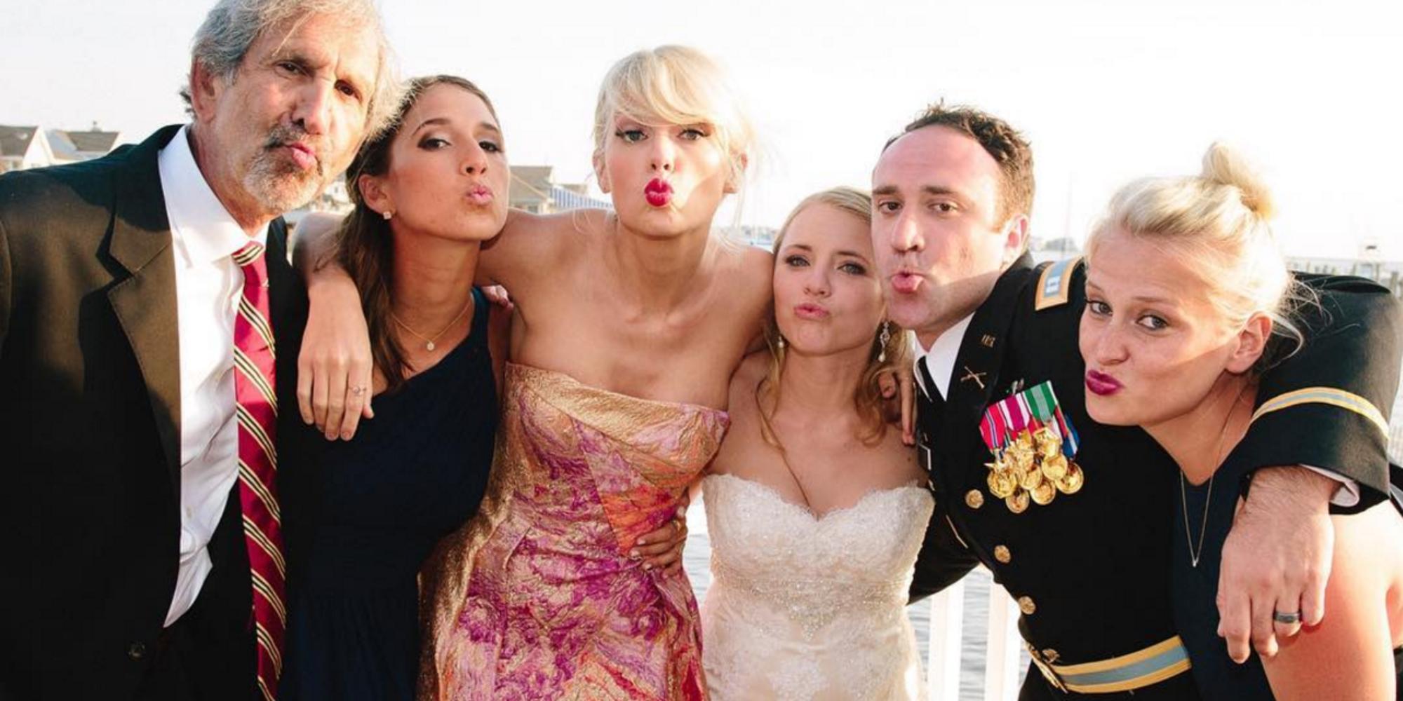 Taylor Swift Crashes New Jersey Wedding