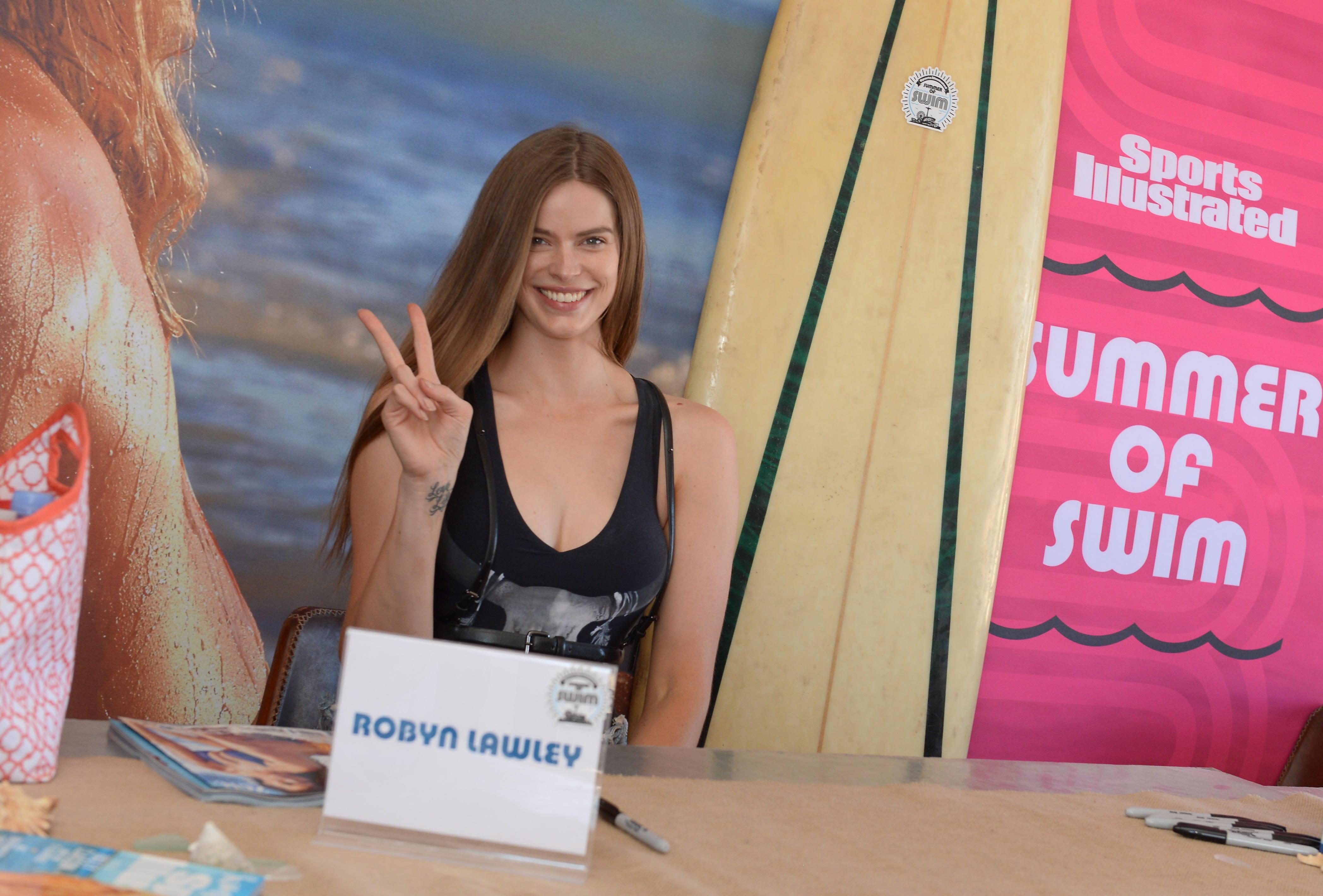 Sports Illustrated Swimsuit Summer of Swim Fan Festival