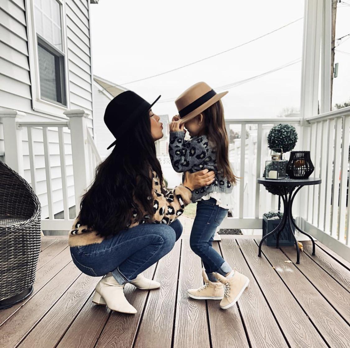 Fabulous Female – Erika Batista