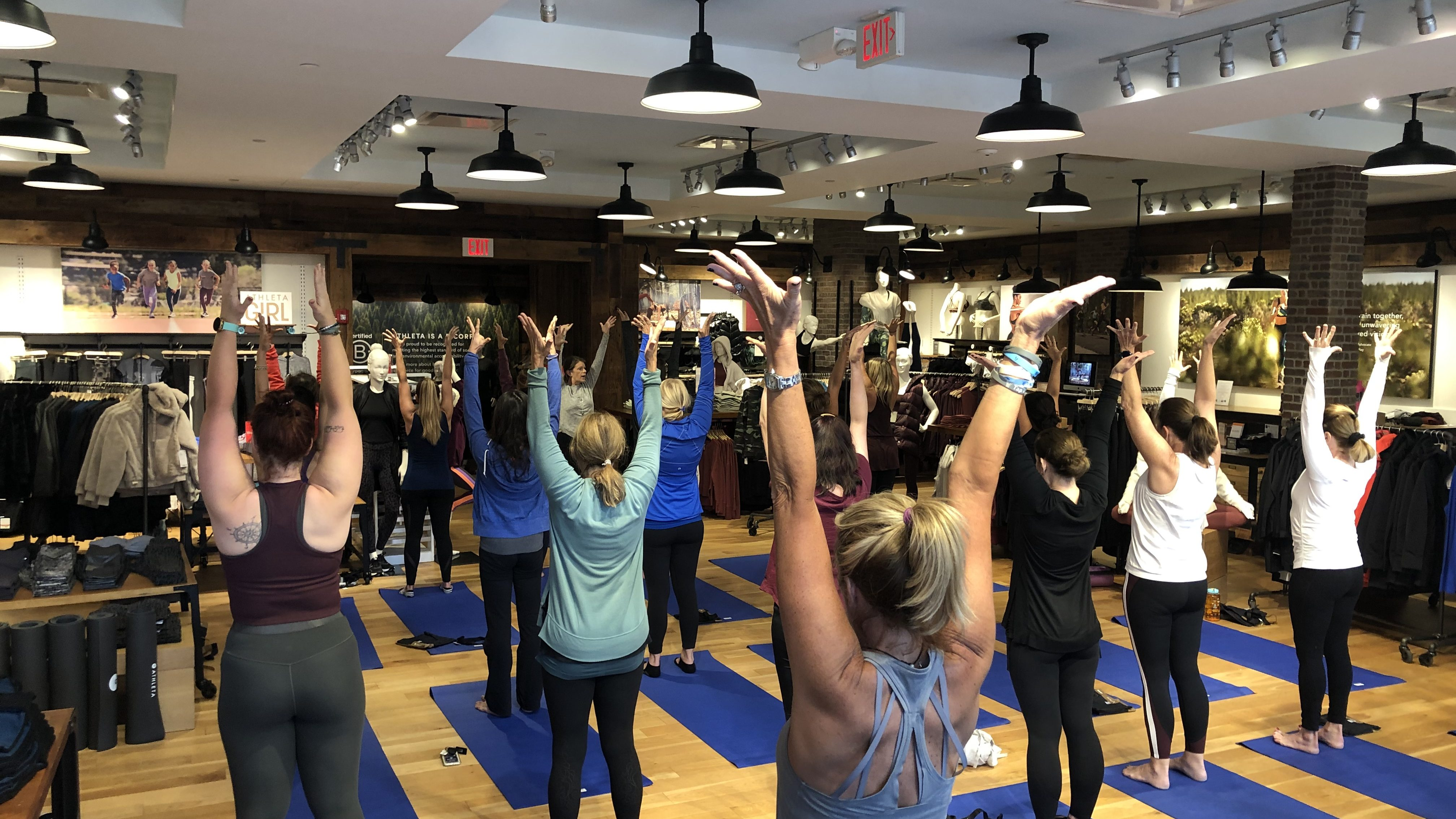 #HipNJ Partners with TENCEL™ x Athleta