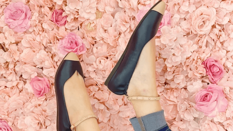 Seecaas Flats, the Perfect Stylish Shoe – Hip List