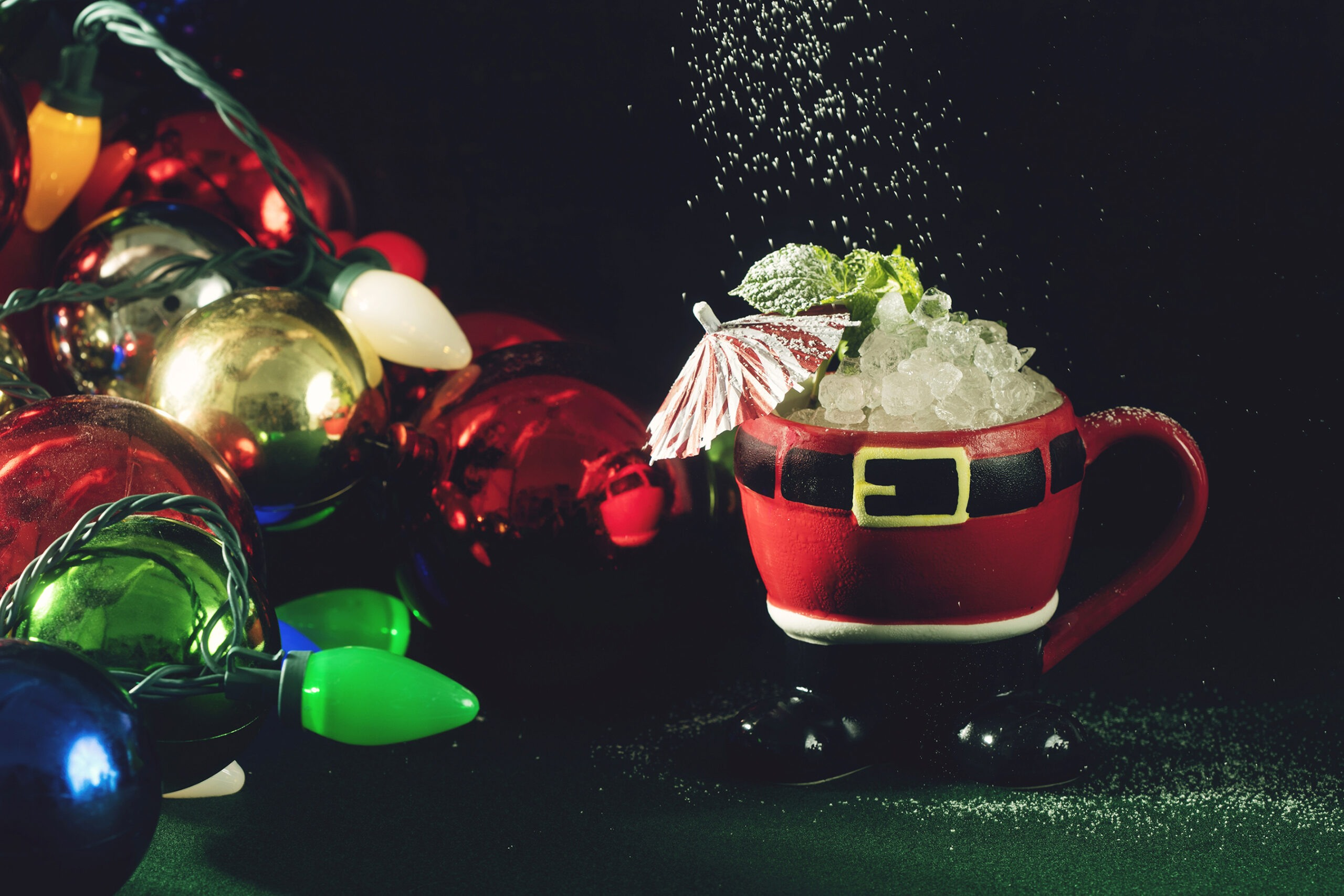 Miracle & Sippin' Santa, the Christmas Cocktail Pop Up Bars, Open in New Jersey