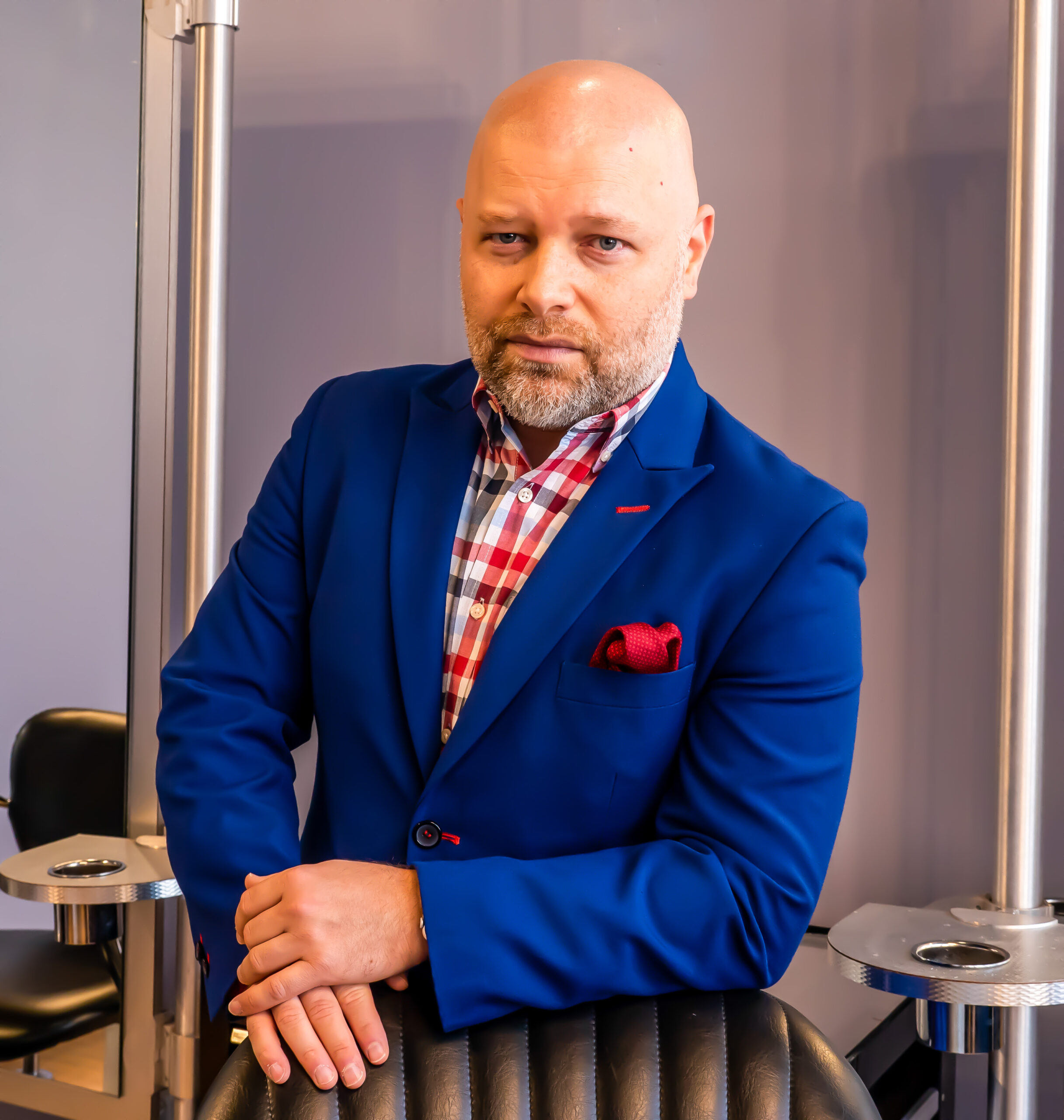 How Stephen Marinaro Became The Salon Guy