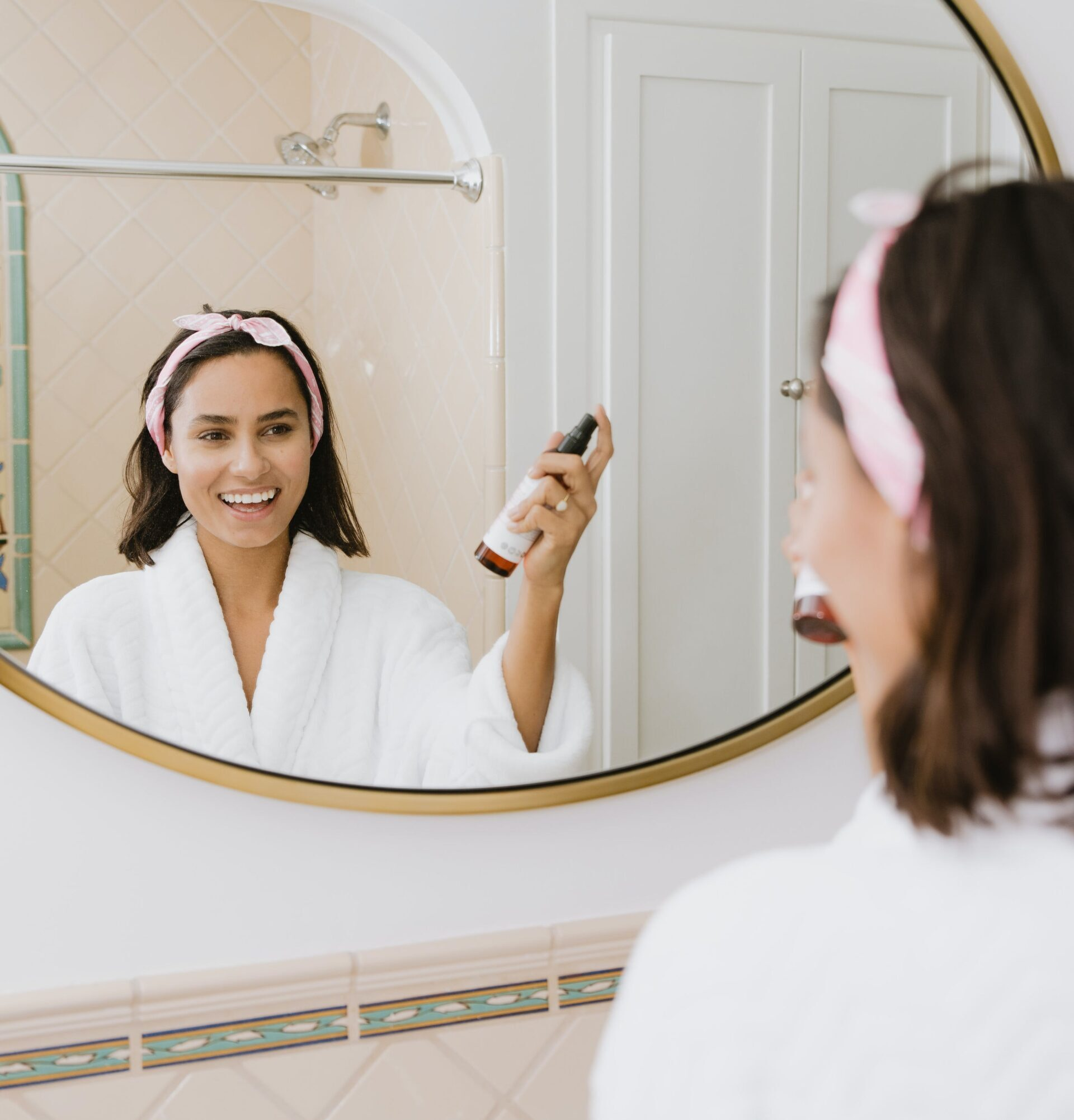 How To Keep Your Skin Looking Fresh And Feeling Young