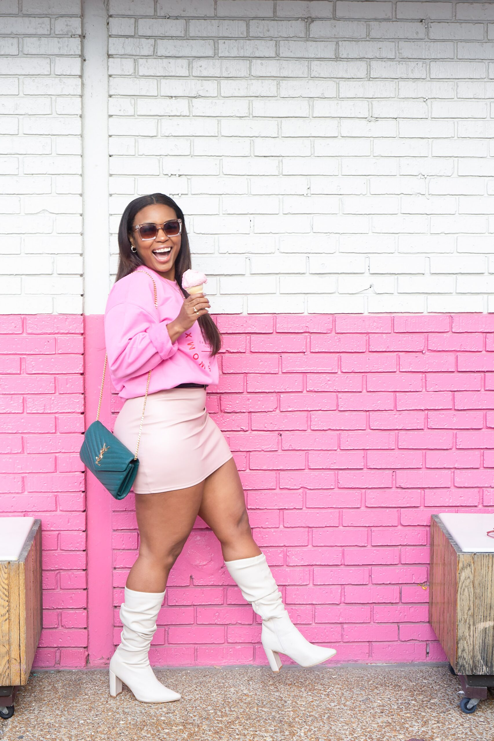 5 Reasons Why You Should Embrace Your Curvy Figure
