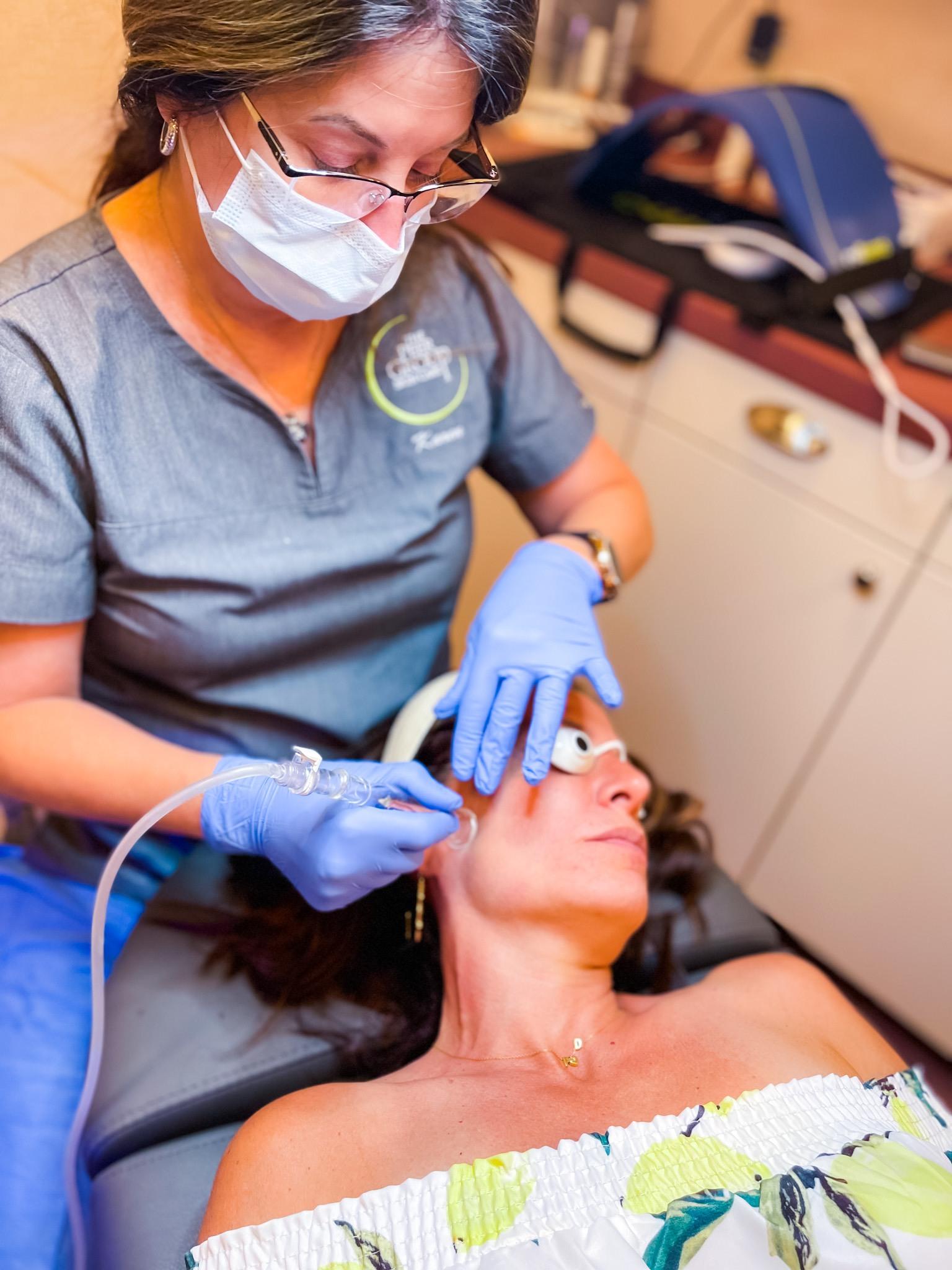 Hydrafacial: The Perfect Summer Skincare Treatment