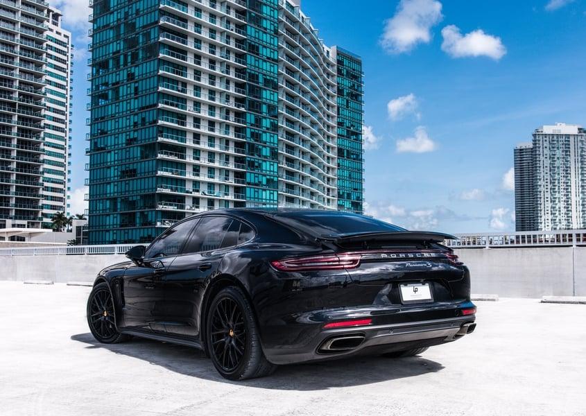 Rent a Porsche Panamera