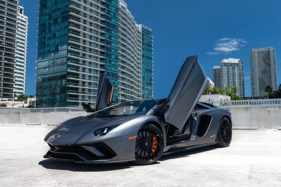 Lamborghini Rental Miami