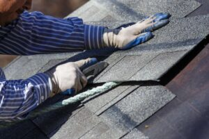 How to repair roof leak