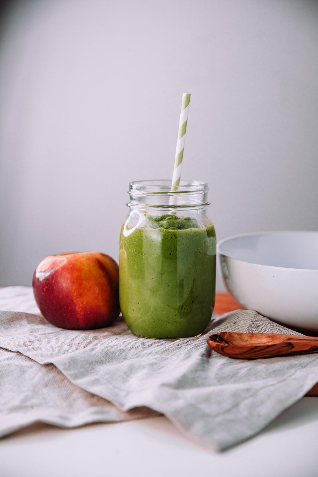 Apple-Honey-Avocado-Smoothie