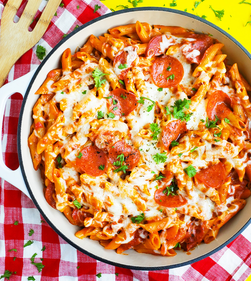 Easy Cheesy One Pot Pepperoni Pizza Pasta